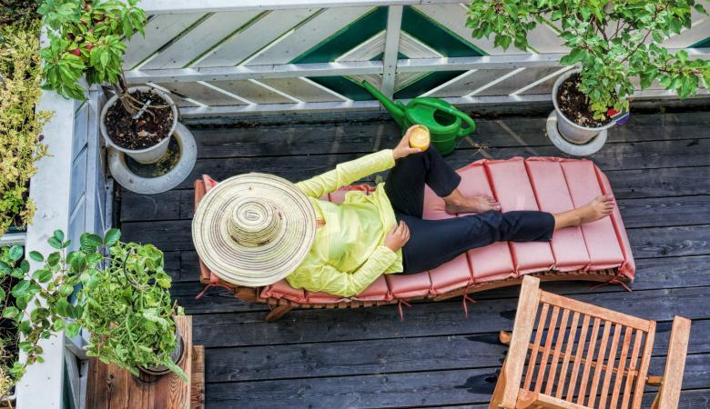 Comment am nager un petit balcon nos 5 astuces d co - Amenager petit balcon appartement ...