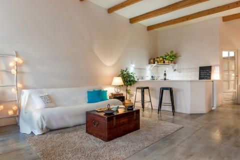 home staging experts caroline semac marseille avis home. Black Bedroom Furniture Sets. Home Design Ideas